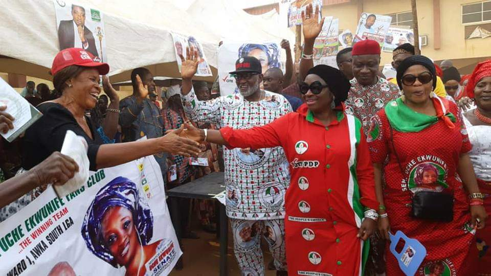 Senator Uche Ekwunife Receiving warm welcome