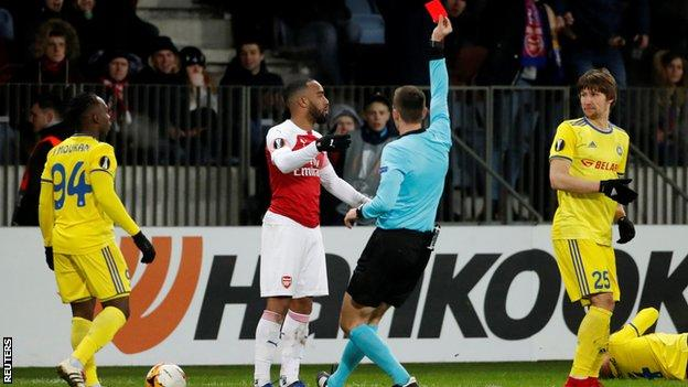 Alexandre Lacazette shown red card