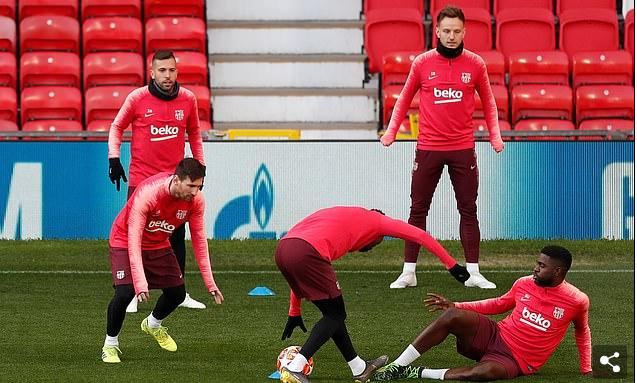 Barca Team train at Old Trafford