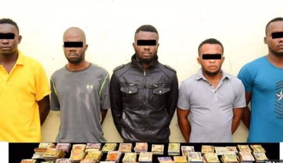 The five suspects held for Robbery in Dubai