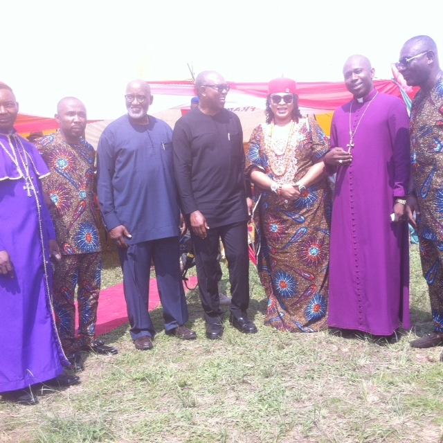 Obi flanked by Senator Stella Odua , Oseloka Obaze, Hon Igwe Noble and  Right Reverend Prosper Amah