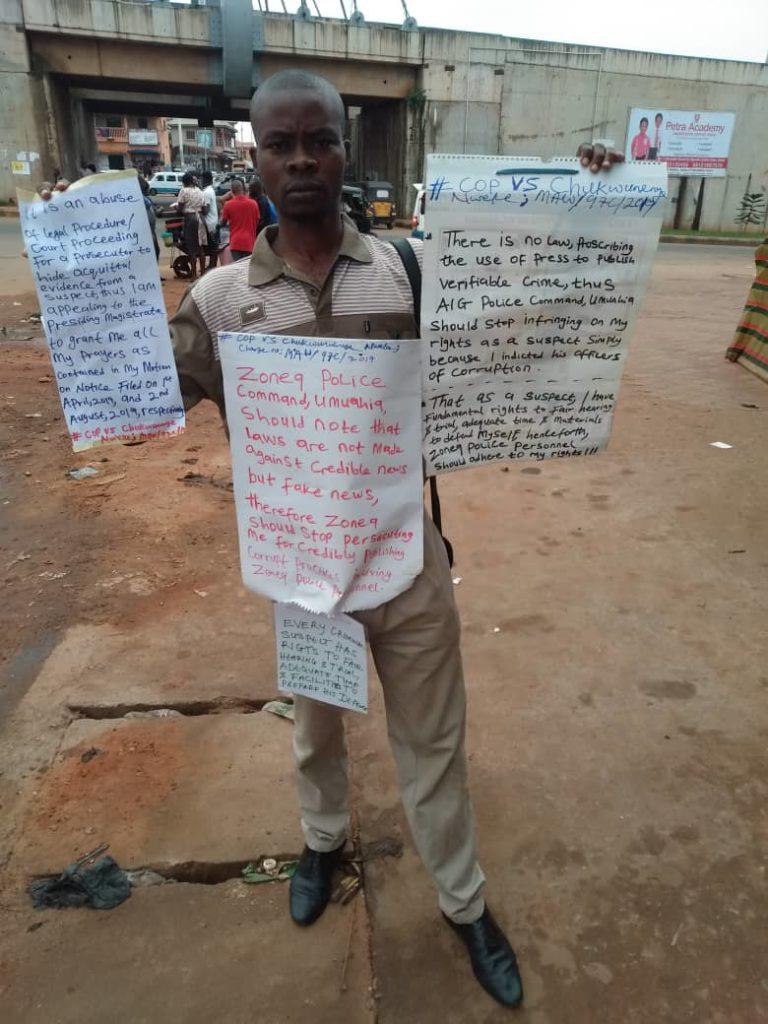 Lone protester ChukwunenyeNweke storms Aroma